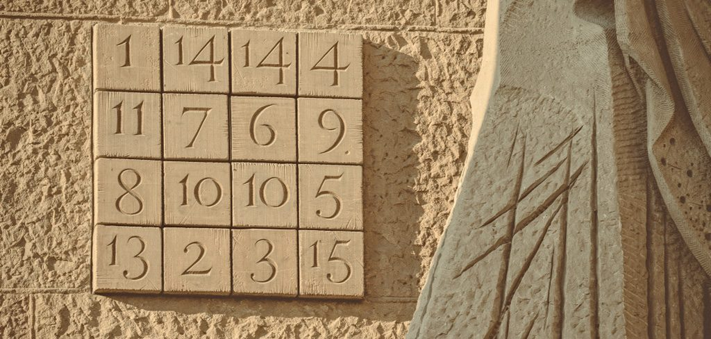 The magic square on the Passion façade: keys to